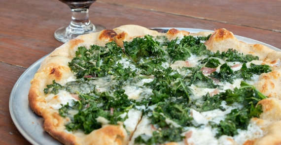 www.mbcrestaurants.com
